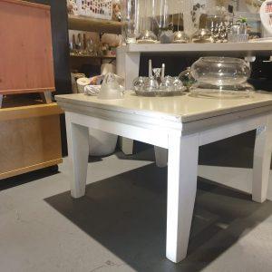 Witgrijze tafel